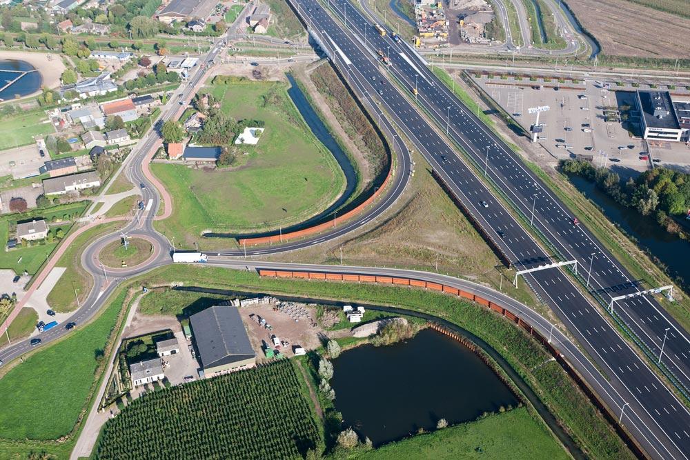 Autobahnauffahrt bei Beesd, Niederlande
